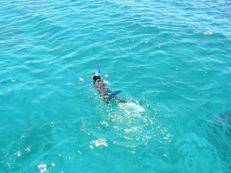 kids_snorkeling