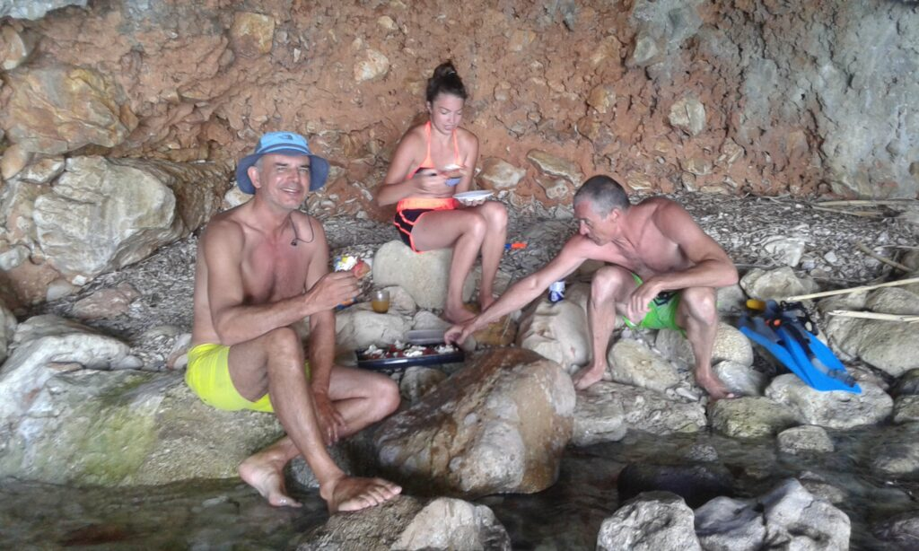 Lunch in Proti cave